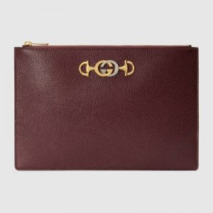 Gucci GG Unisex Gucci Zumi Grainy Leather Pouch