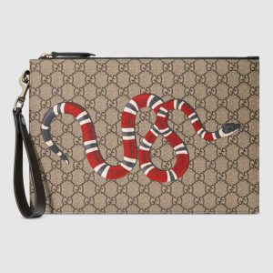 Gucci GG Men Gucci Bestiary Pouch with Kingsnake in BeigeEbony GG Supreme Canvas