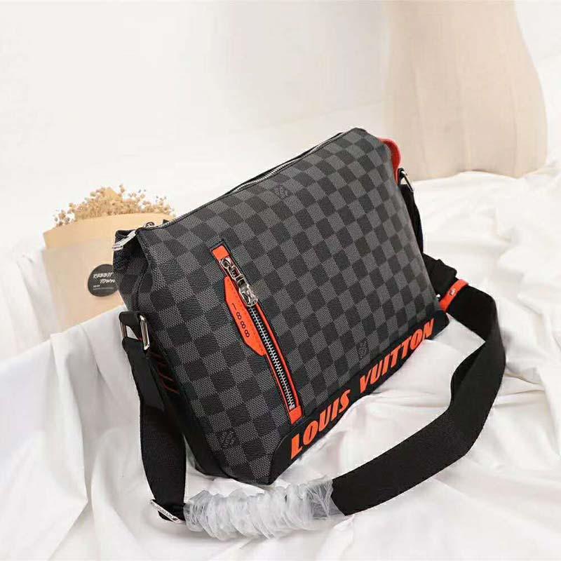Louis Vuitton LV Men Damier Cobalt Race Discovery Messenger PM Bag-Grey - LULUX